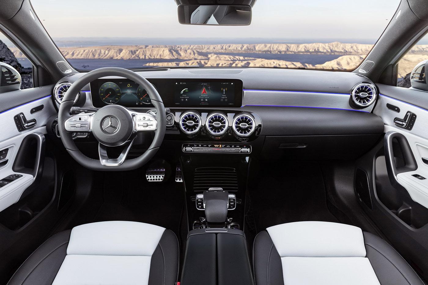 2019-mercedes-benz-a-class-hatch-31.jpg
