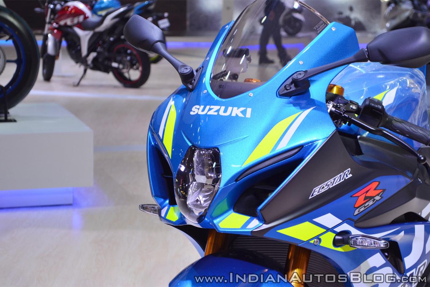 2018-suzuki-gsx-r1000r-blue-headlight-at-2018-auto-expo.jpg