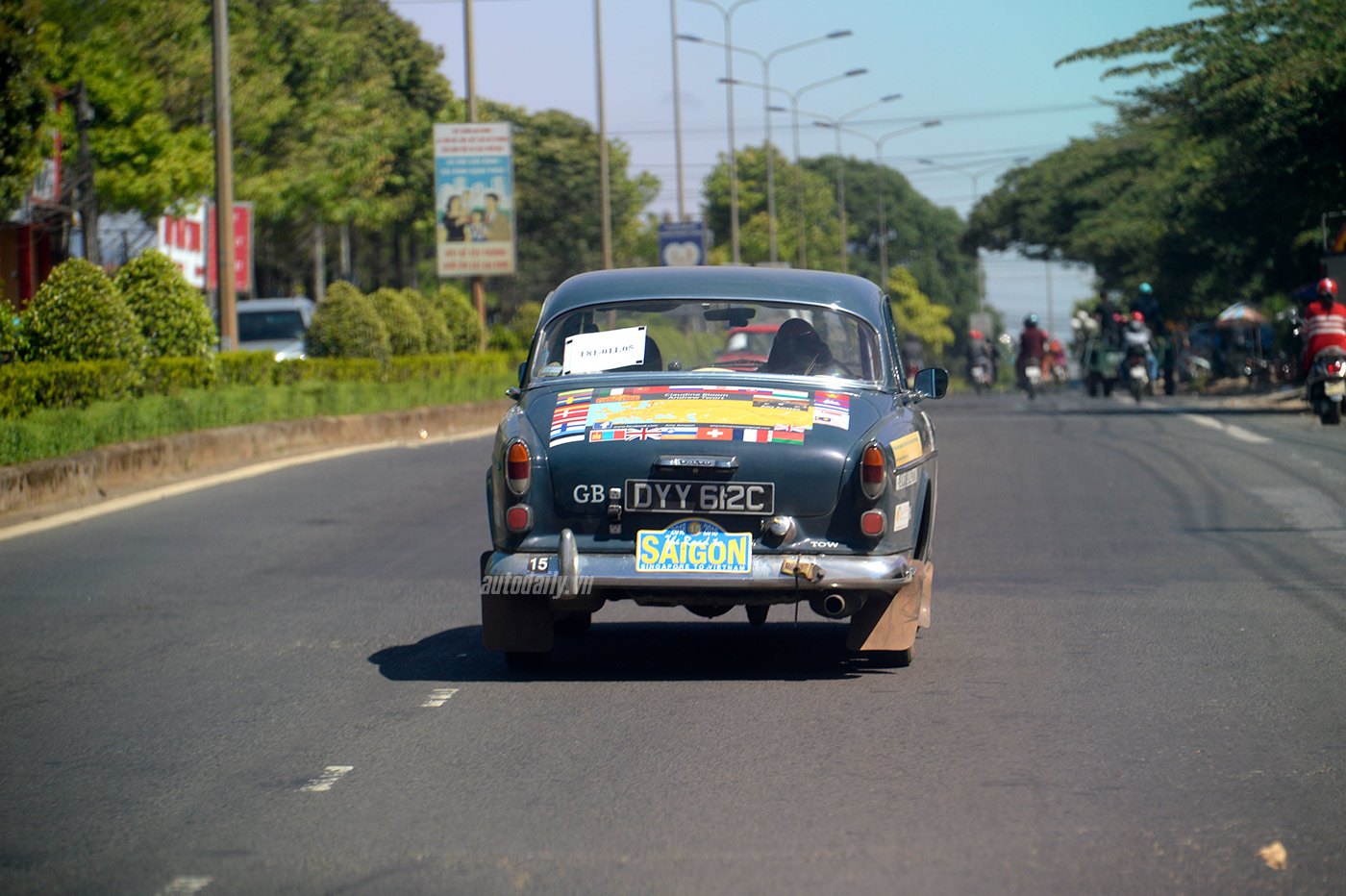the-road-to-saigon-014.jpg