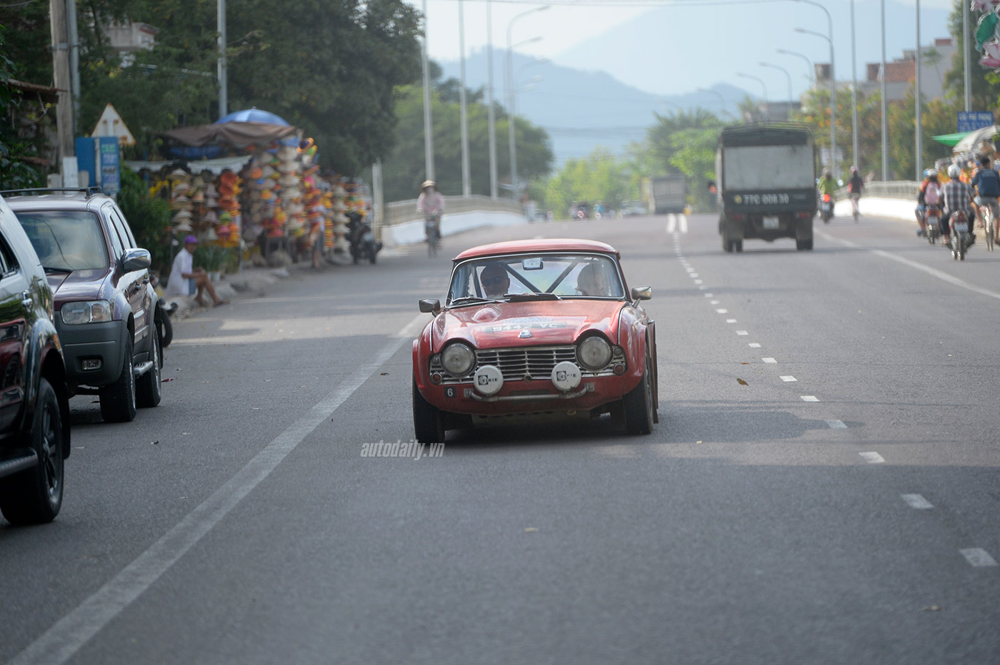 the-road-to-saigon-024.jpg