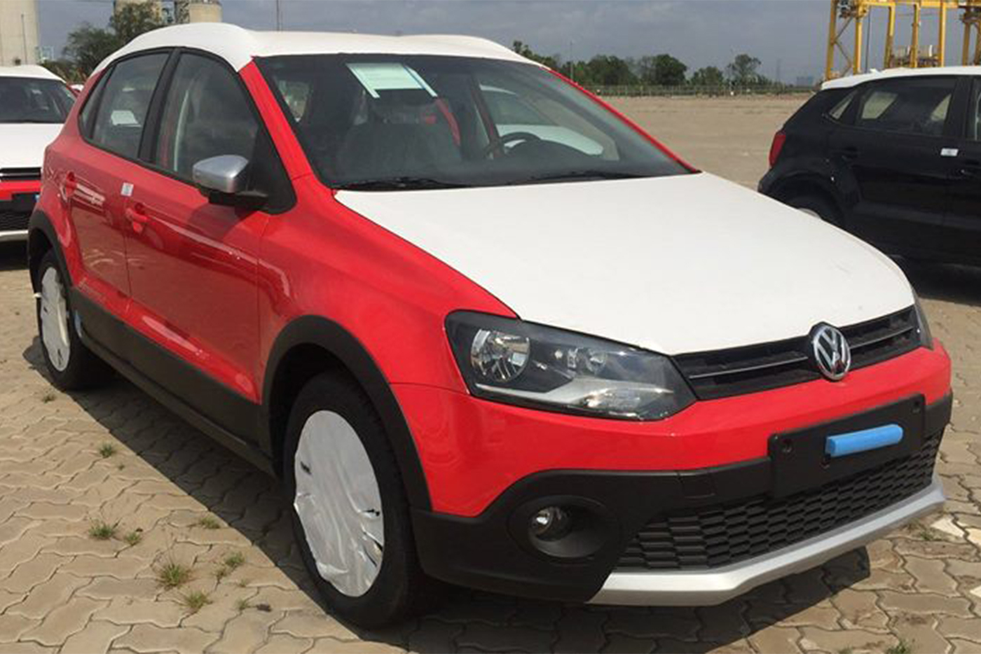 volkswagen-cross-polo-2.jpg