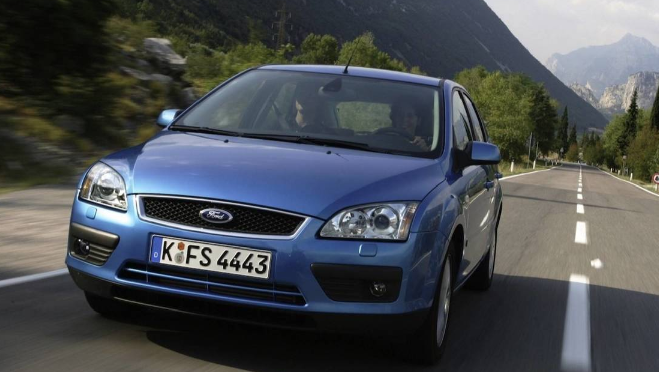 ford-focus-08.png