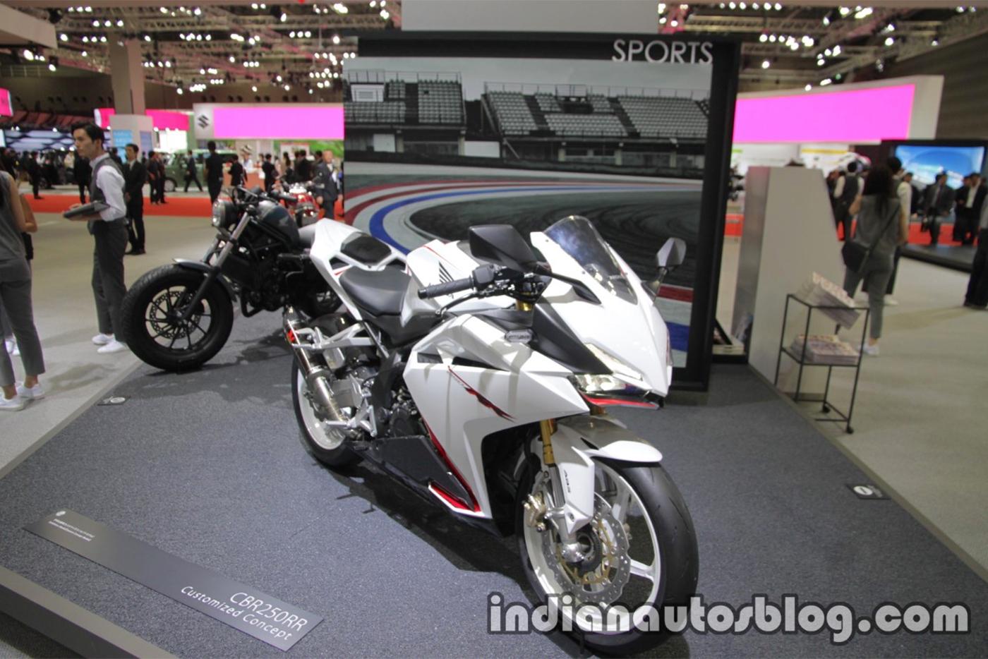 honda-cbr-250rr-pearl-glare-white-3.jpg