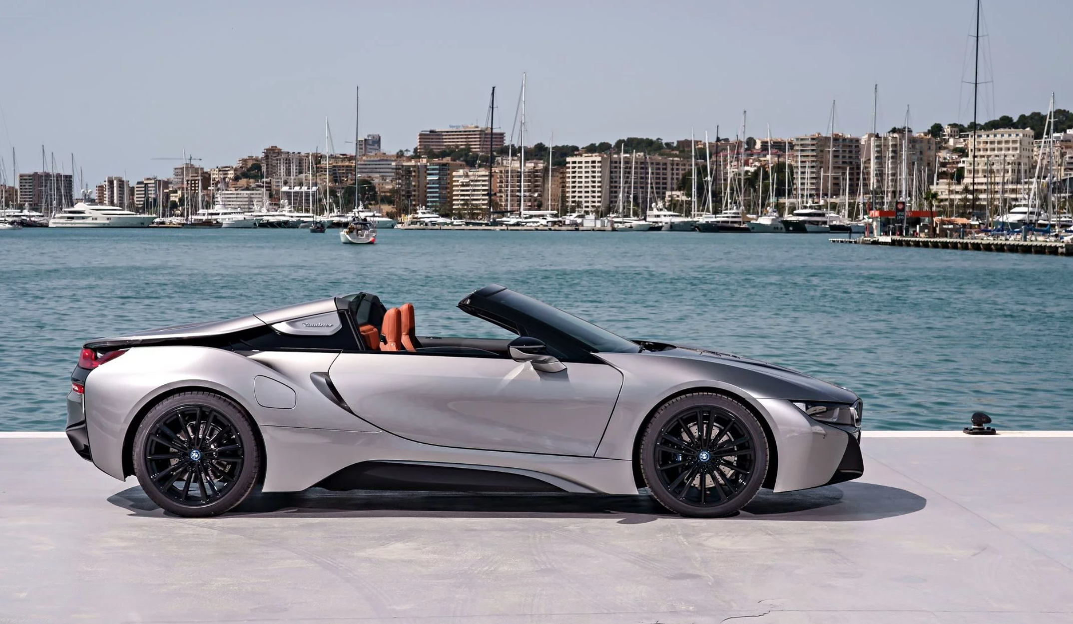 bmw-i8-roadster-014.png