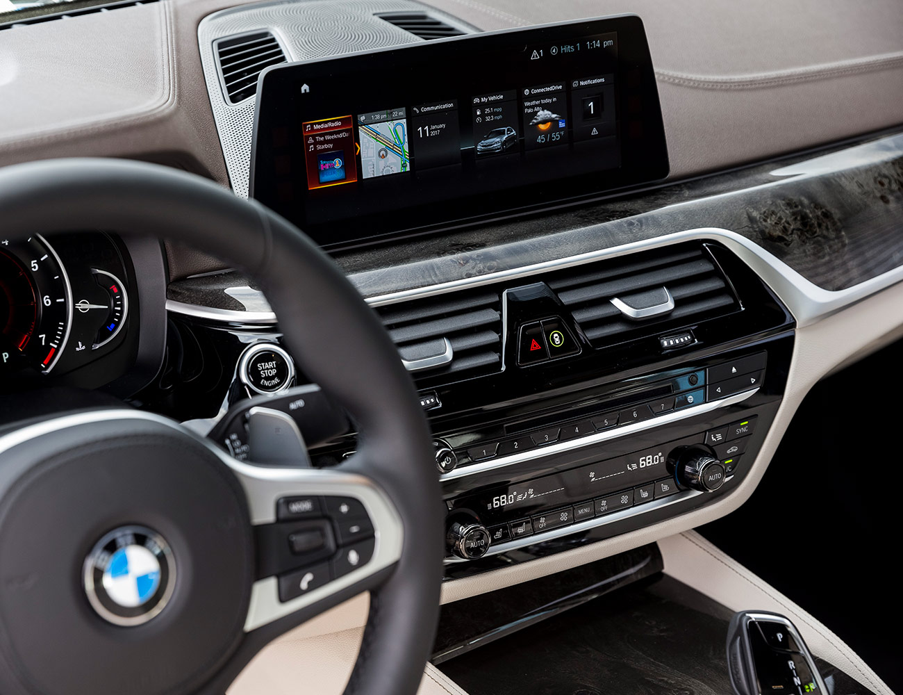 7 hệ thống thông tin giải trí tốt nhất trên xe cao cấp giamcanlamdep.com.vn