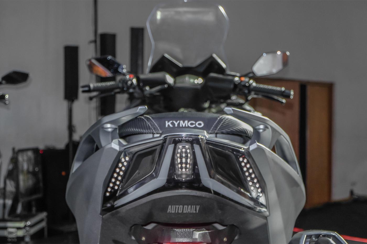 kymco-ak550-15.jpg