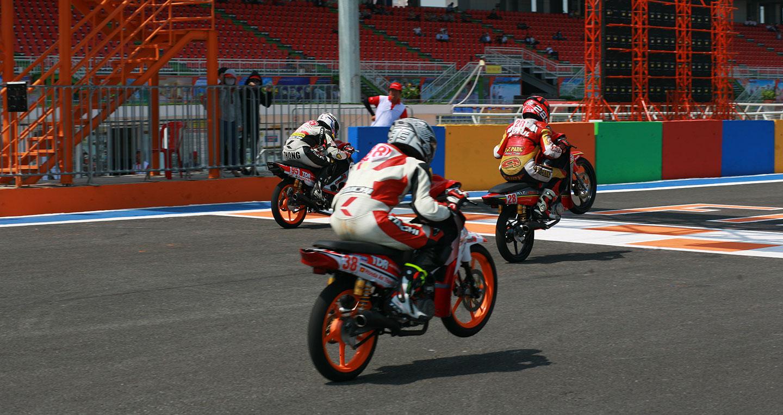 honda-racing-02.jpg