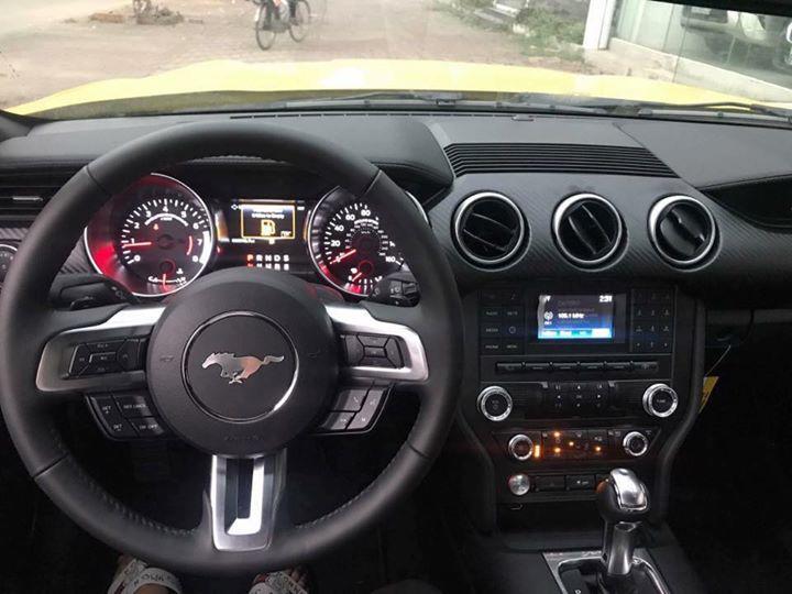 Ford Mustang.jpg1.jpg