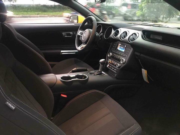 Ford Mustang.jpg2.jpg