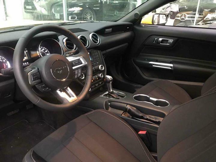 Ford Mustang.jpg4.jpg