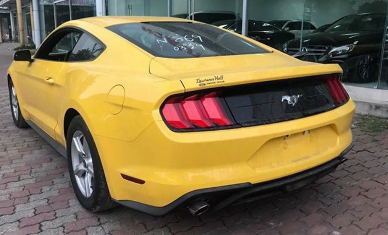 Ford Mustang.jpg6.jpg