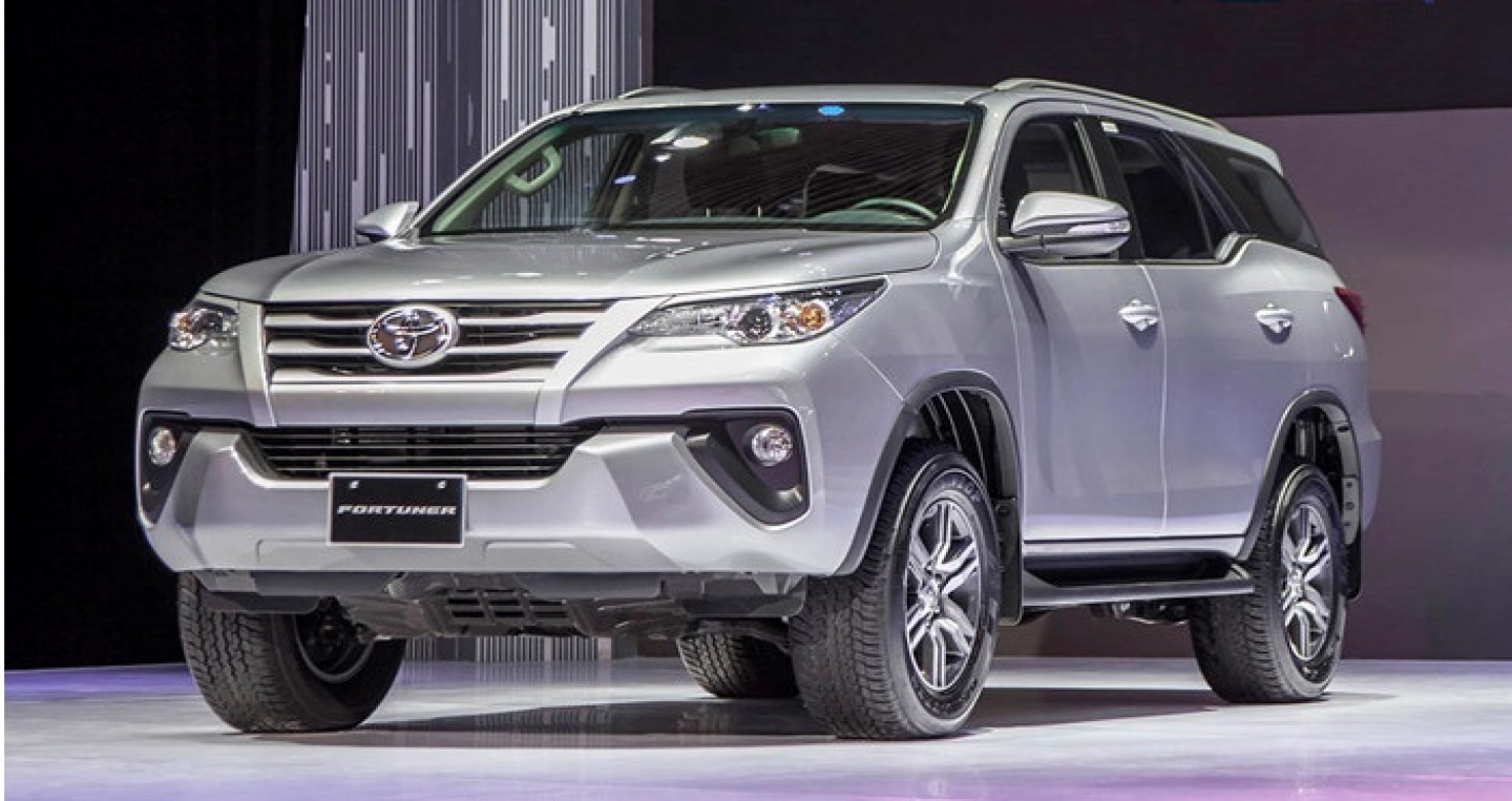 toyota-fortuner-diesel-2017-may-dau.jpg
