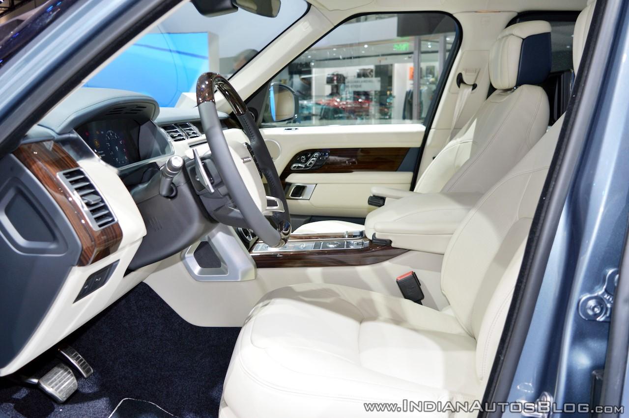 2018-range-rover-at-dubai-motor-show-2017-front-seats.jpg