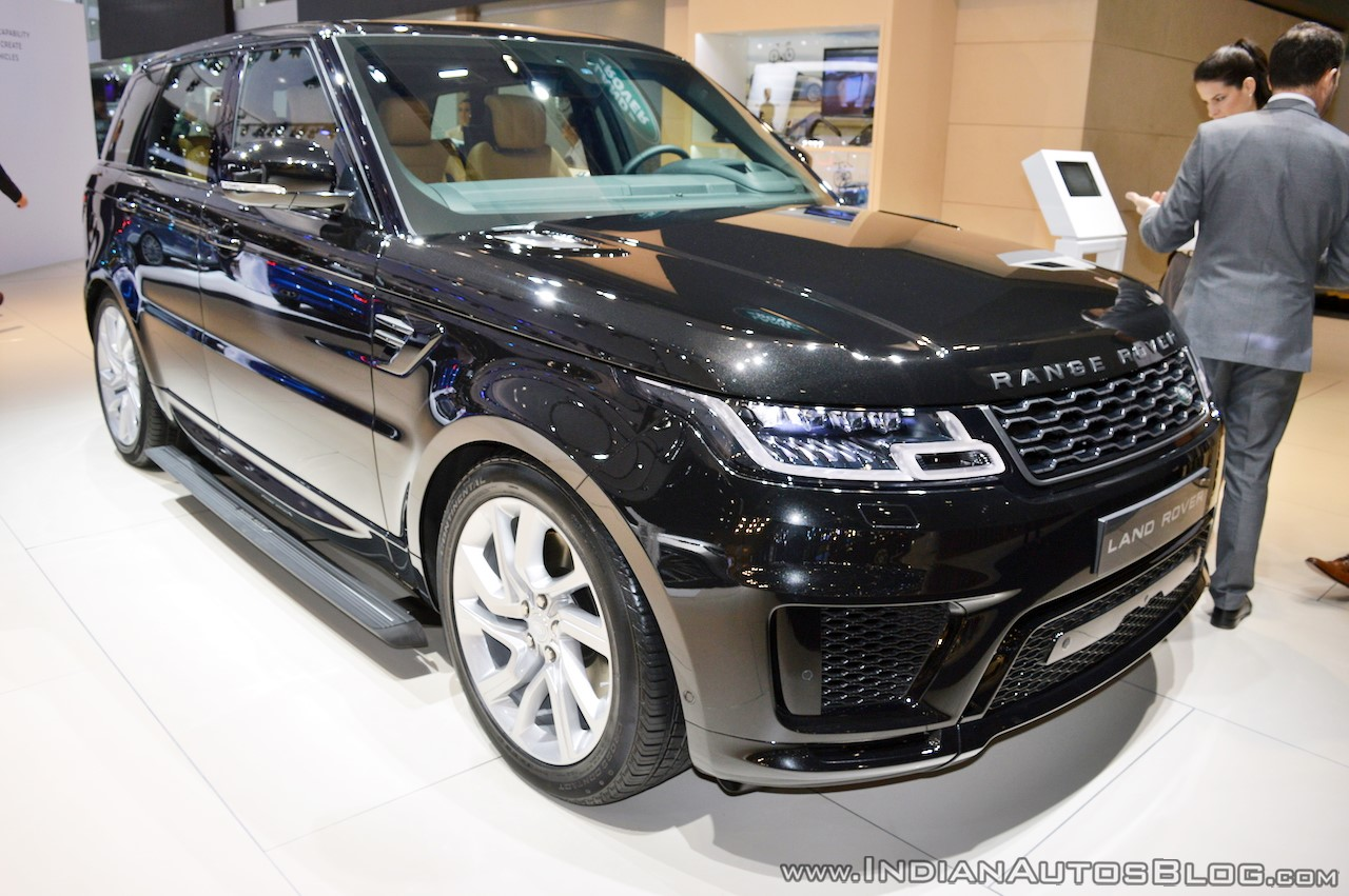 2018-range-rover-sport-at-dubai-motor-show-2017-three-quarters.jpg