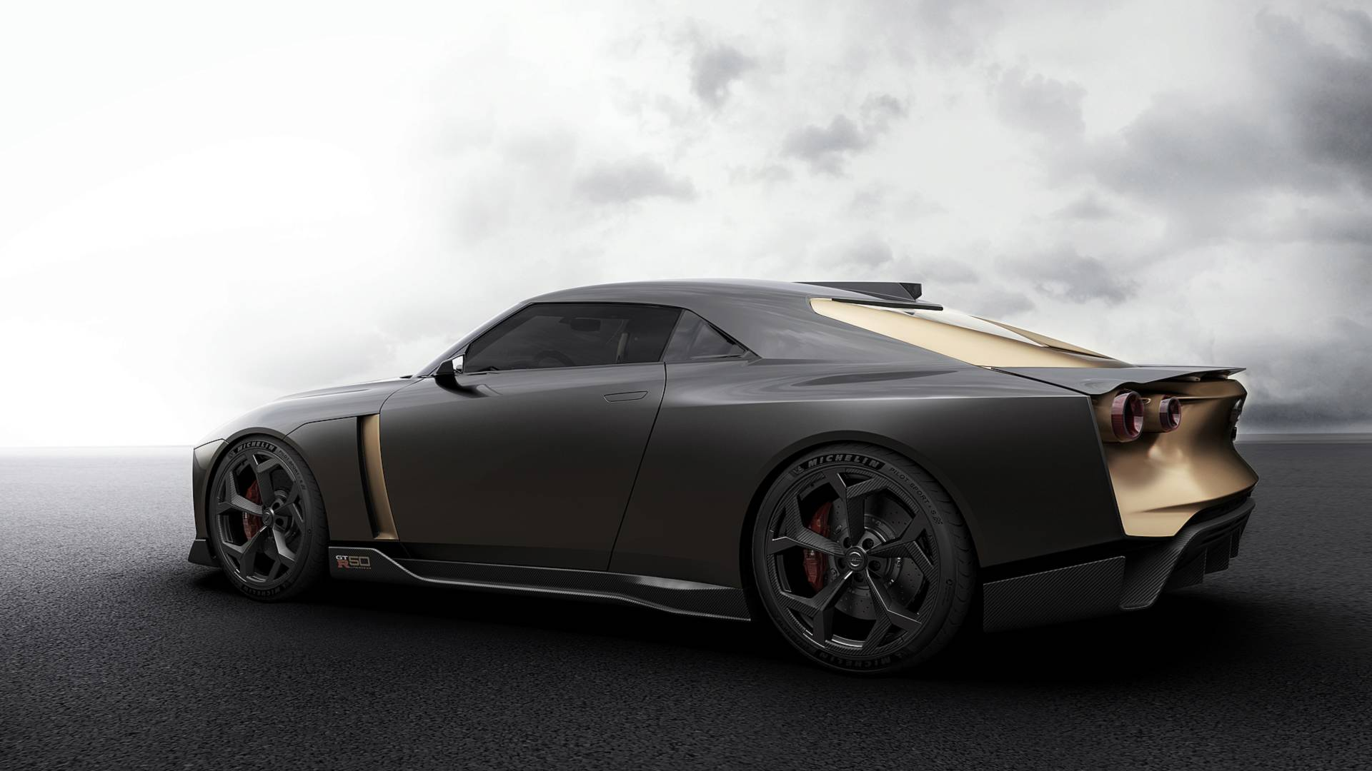 nissan-gtr-50-by-italdesign-13.jpg