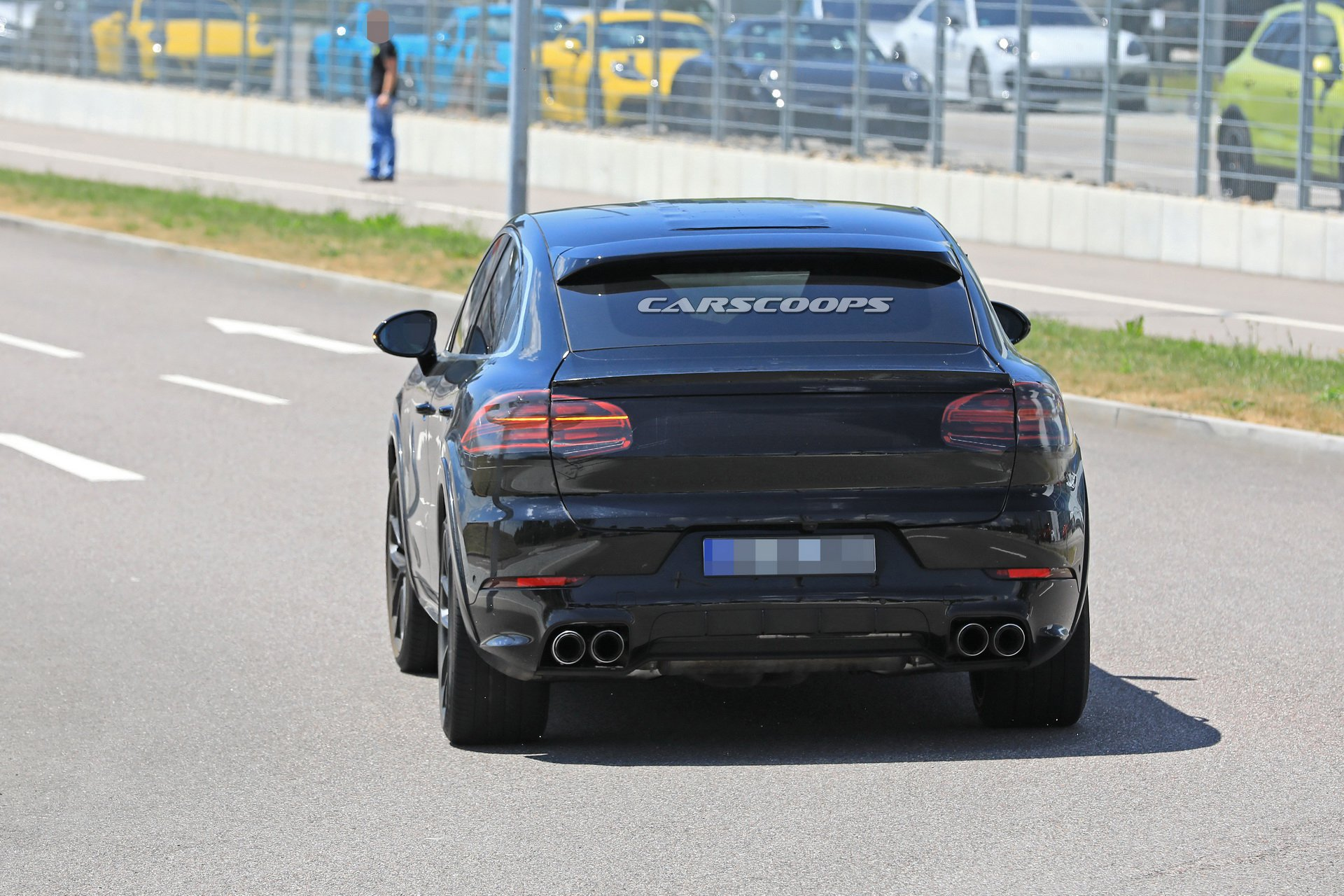 0b6a12be-porsche-cayenne-coupe-first-spy-19.jpg