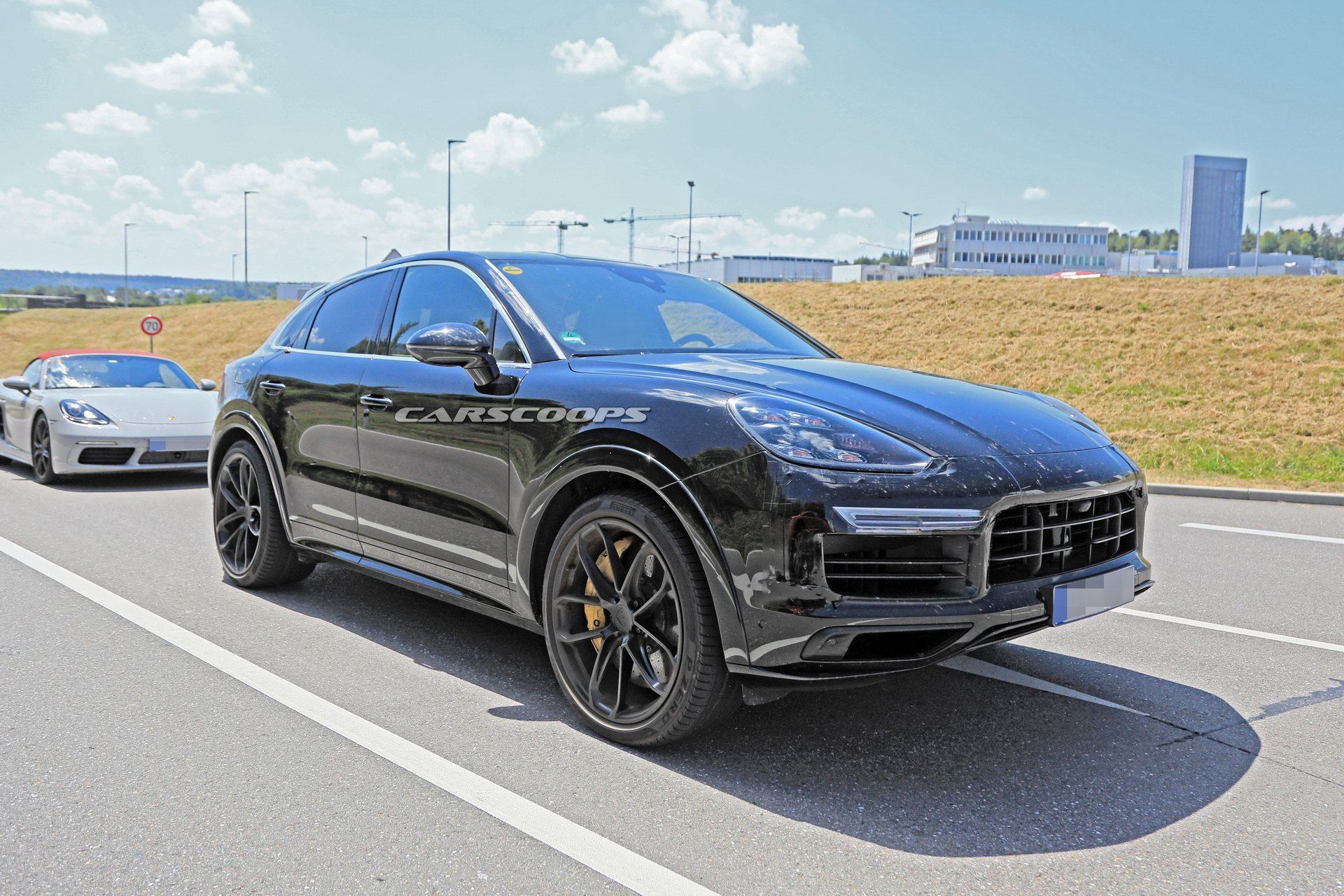 e41b5767-porsche-cayenne-coupe-first-spy-5.jpg