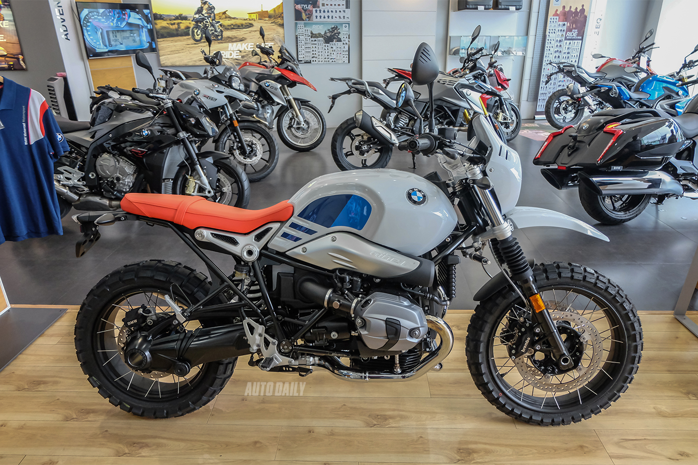 bmw-r-ninet-urban-gs-11.jpg