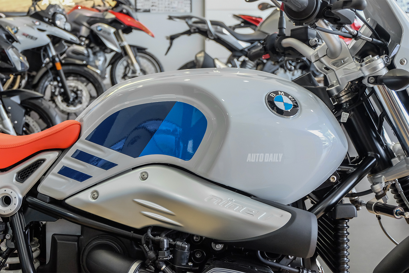 bmw-r-ninet-urban-gs-14.jpg