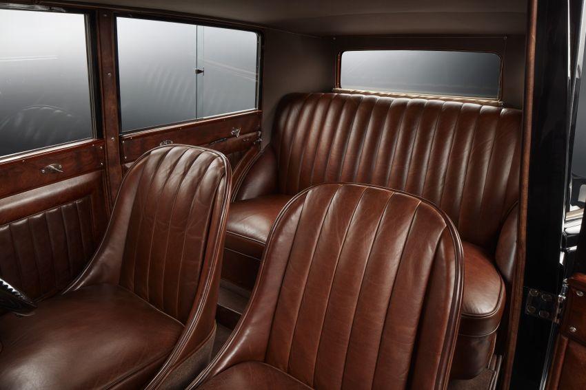 bentley-8-litre-interior-13-850x567.jpg