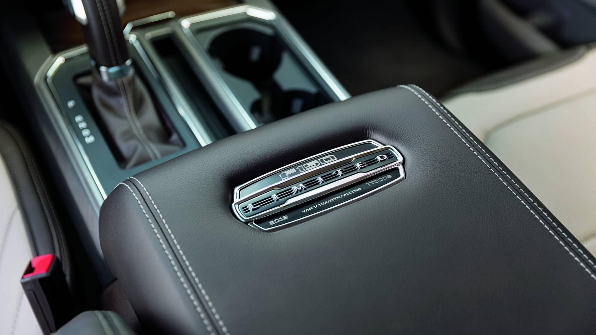 2019-ford-f-150-limited-6.jpg