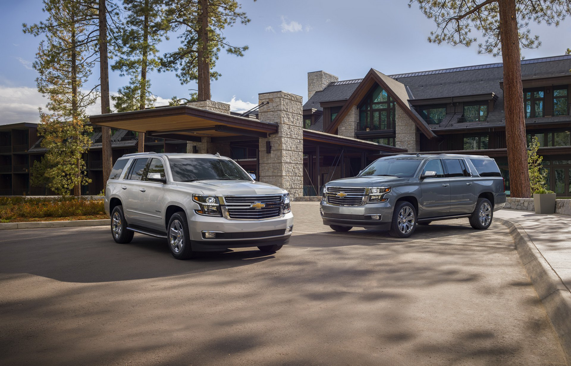 9002ff1d-chevy-tahoe-suburban-premier-plus-1.jpg