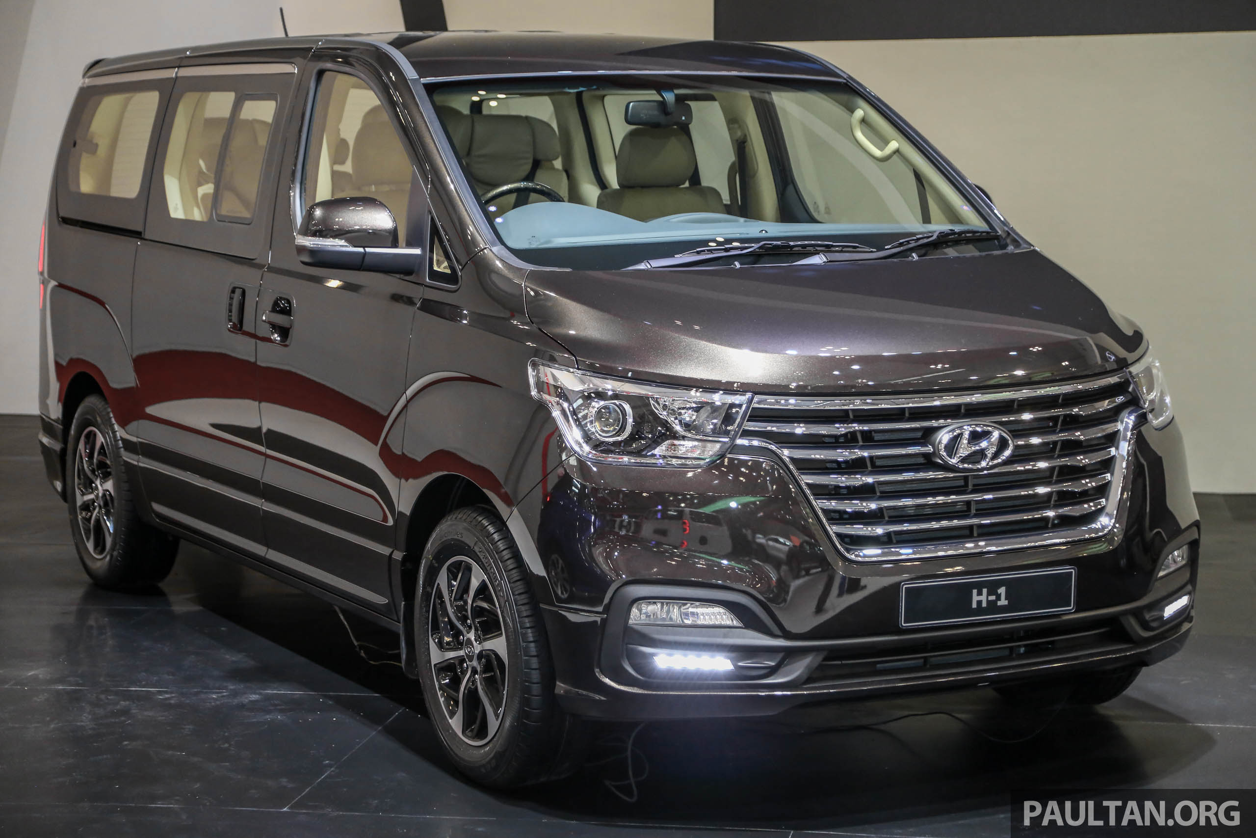 hyundai-h-1-facelift-royale-ext-1.jpg
