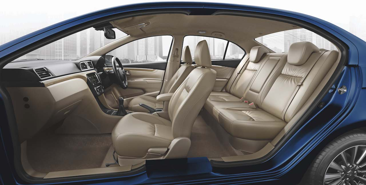 2018-maruti-ciaz-facelift-interior-cabin-1.jpg