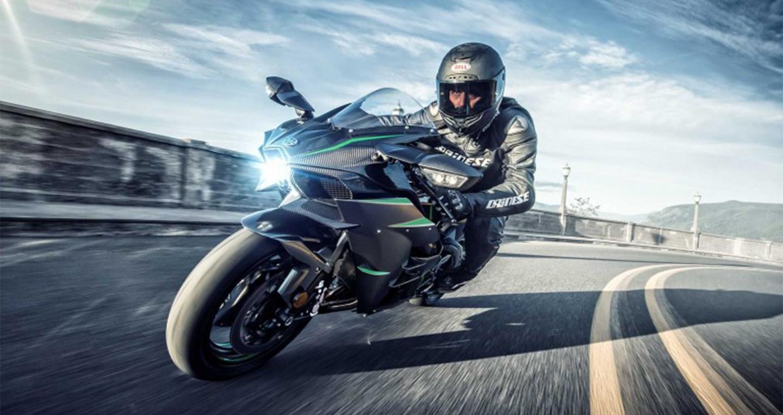Kawasaki Ninja H2 2019 ra mắt với công suất vượt Ducati Panigale V4 - Hình 1
