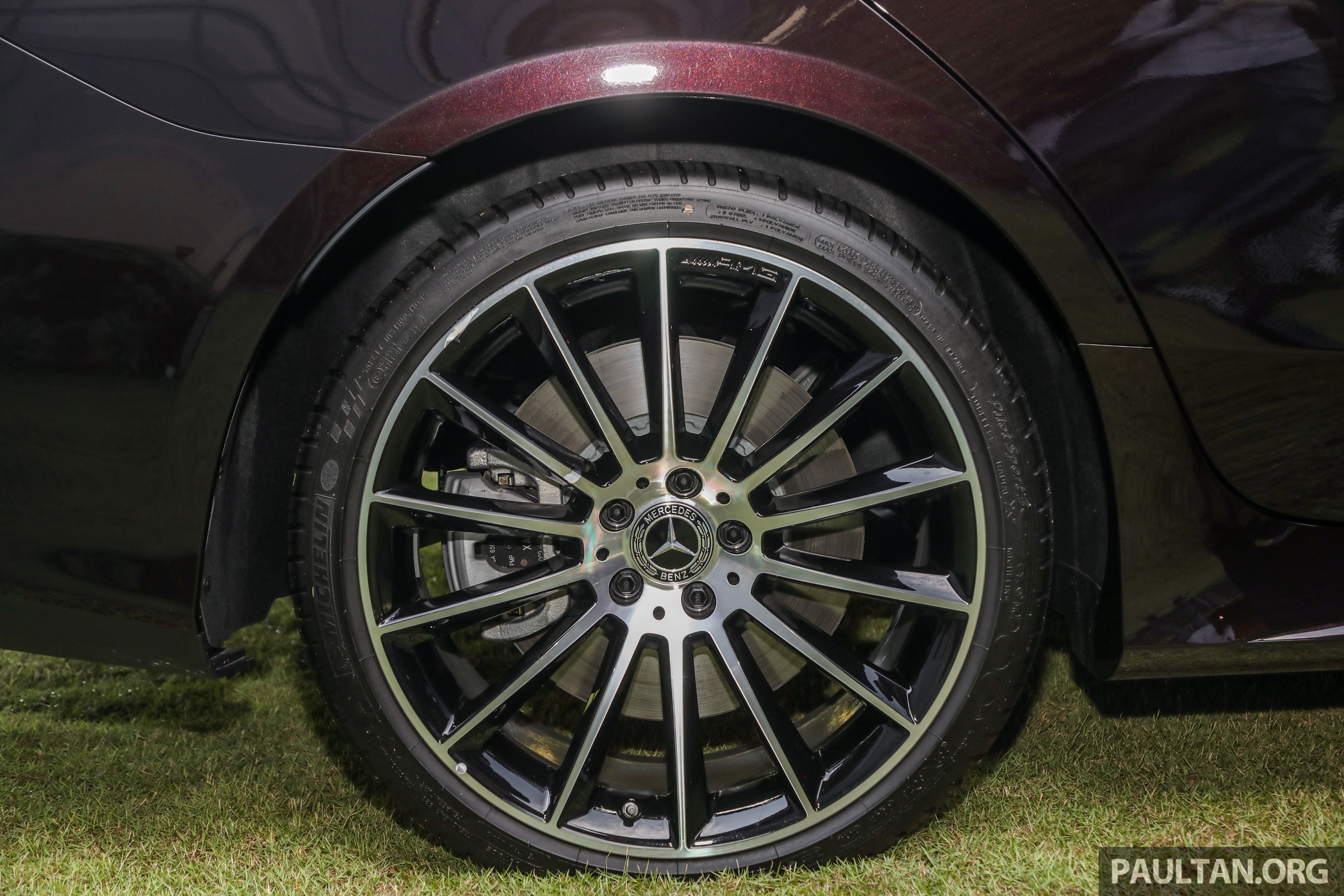 mercedes-2018-cls-450-coupe-ext-20.jpg