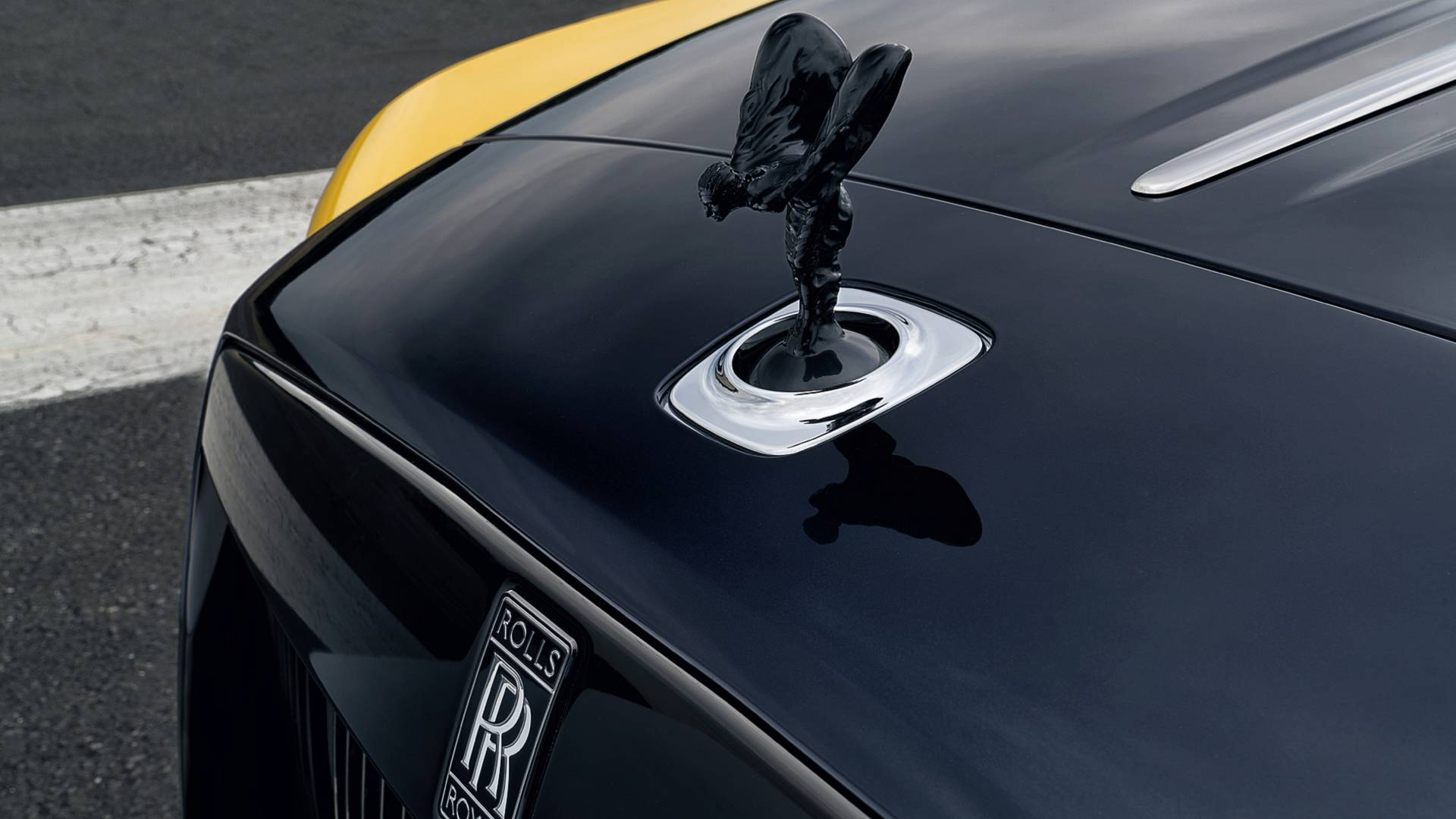 rolls-royce-dawn-black-badge-5.jpg
