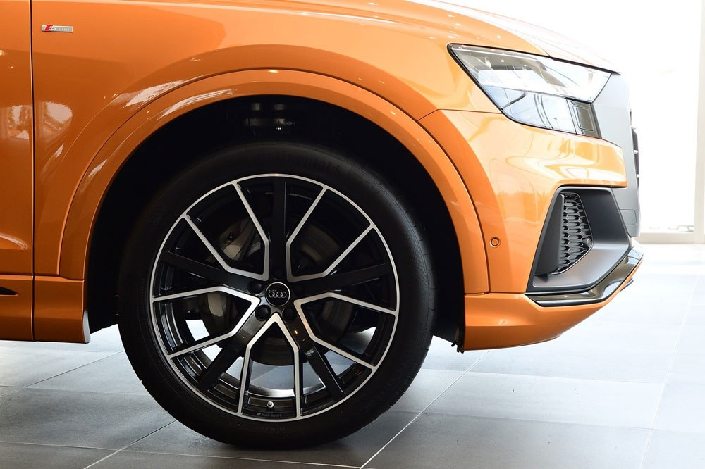 17-audi-q8-2019-and-audi-centre-thailand.jpg