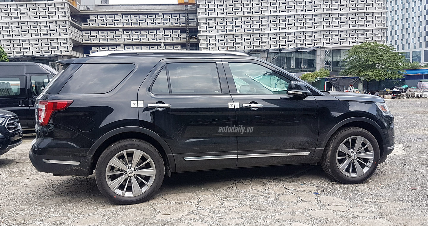 ford-explorer-20180912-130300-copy.jpg
