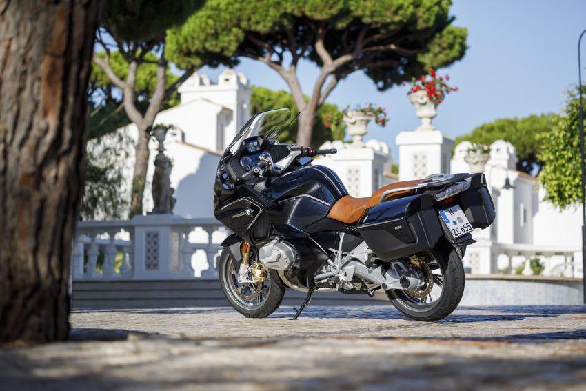 2019-bmw-motorrad-r-1200-rt-002.jpg