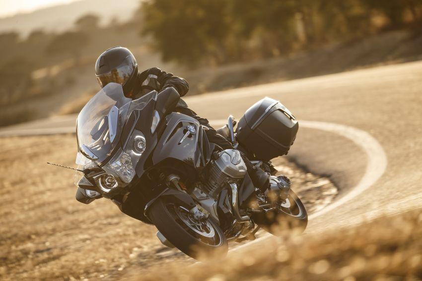 2019-bmw-motorrad-r-1200-rt-3.jpg