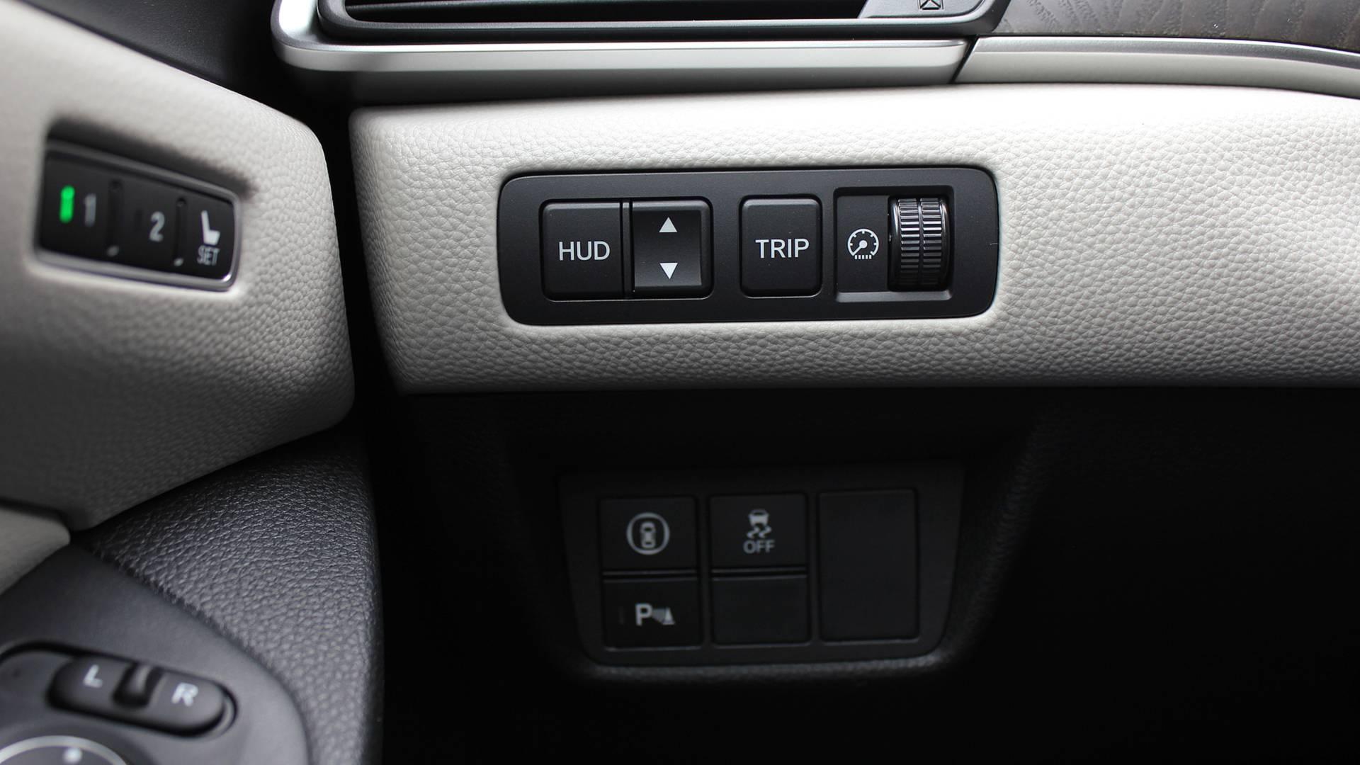 2018-honda-accord-hybrid-danh-gia-11.jpg