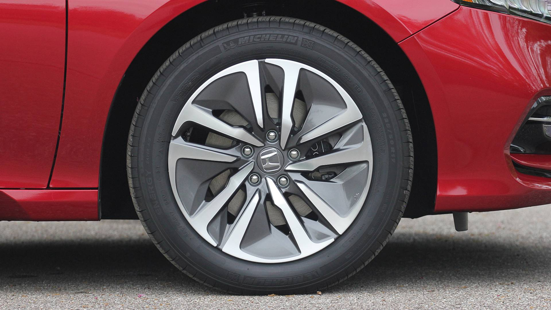 2018-honda-accord-hybrid-danh-gia-17.jpg