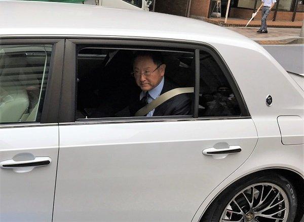 toyota-chu-tichtoyota-president-uses-century-grmn-as-company-car-9.jpg