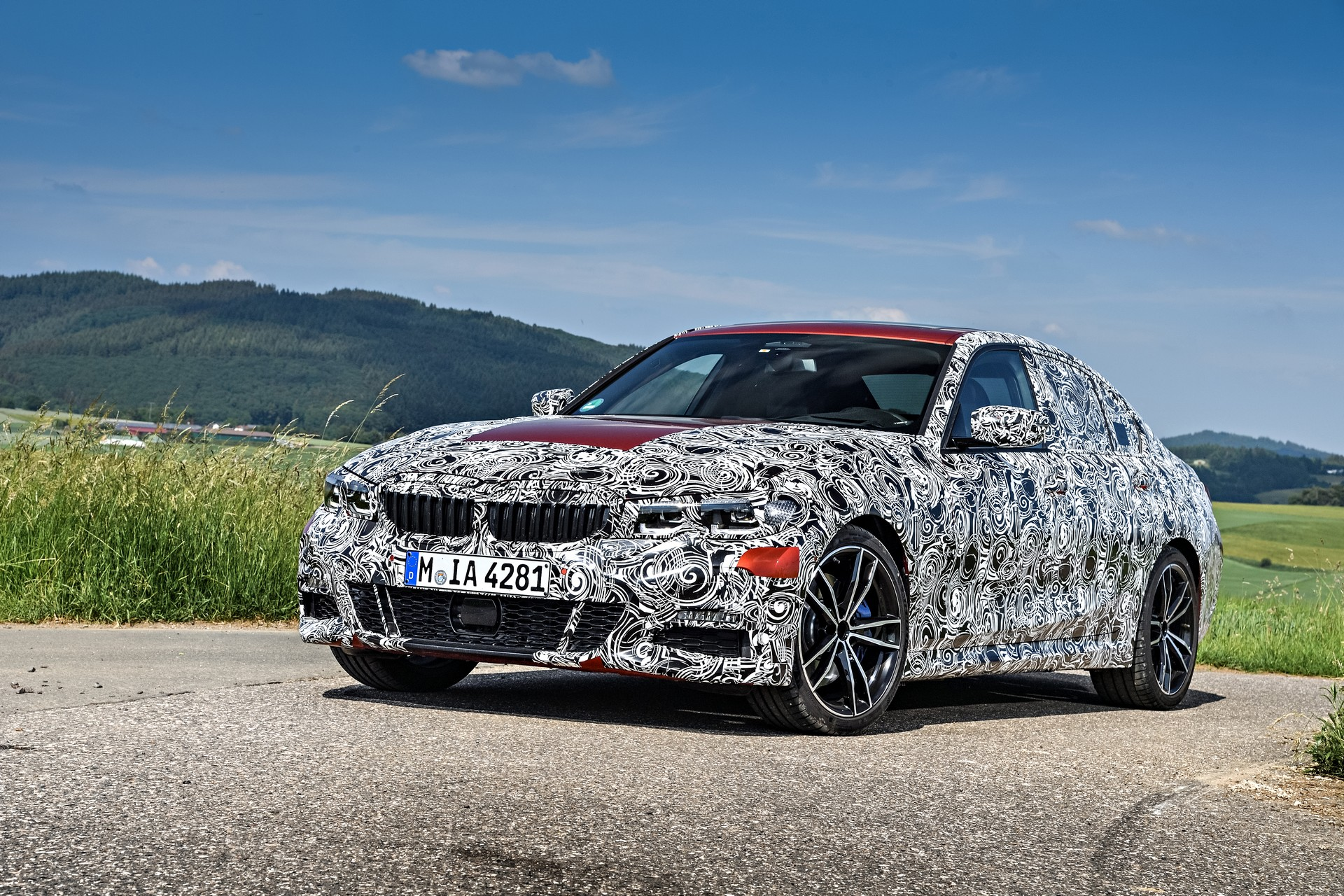 494e5a1d-bmw-3-series-prototype31.jpg