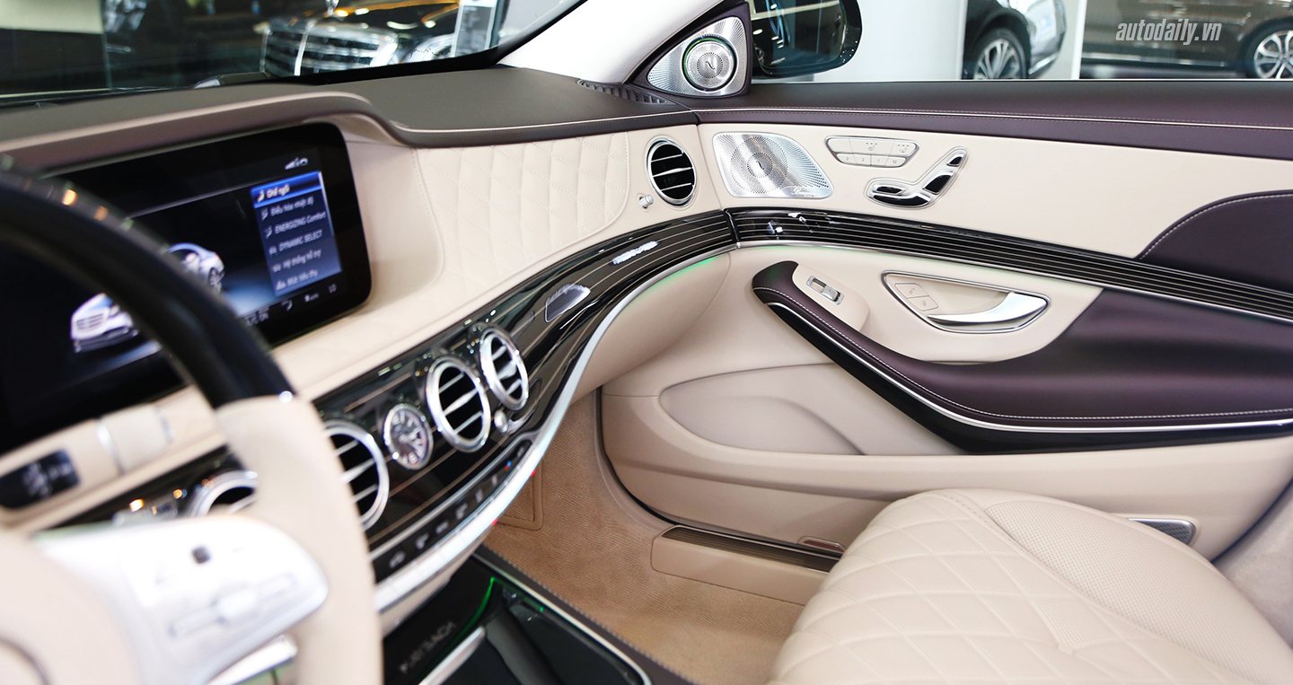 maybach-s560img-20180927-231500-copy.jpg