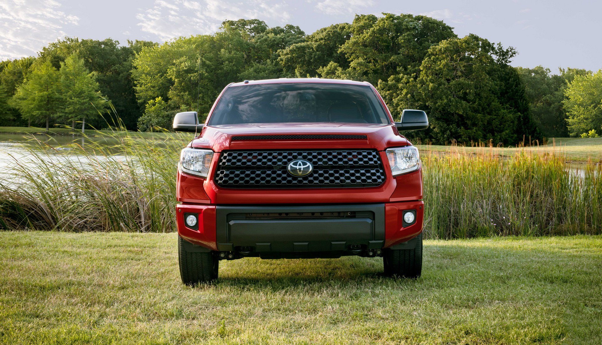 2019-tundra-sx-package-2.jpg