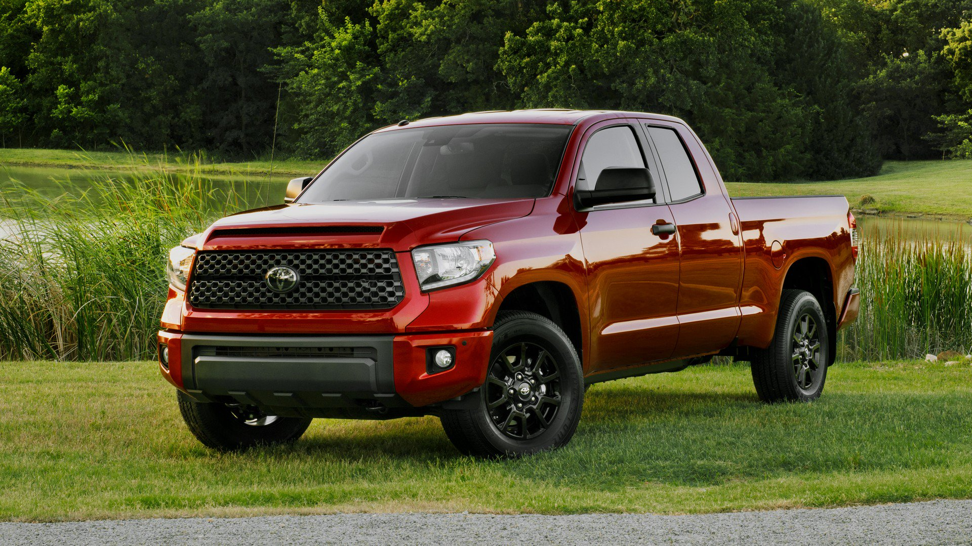 2019-tundra-sx-package-5.jpg