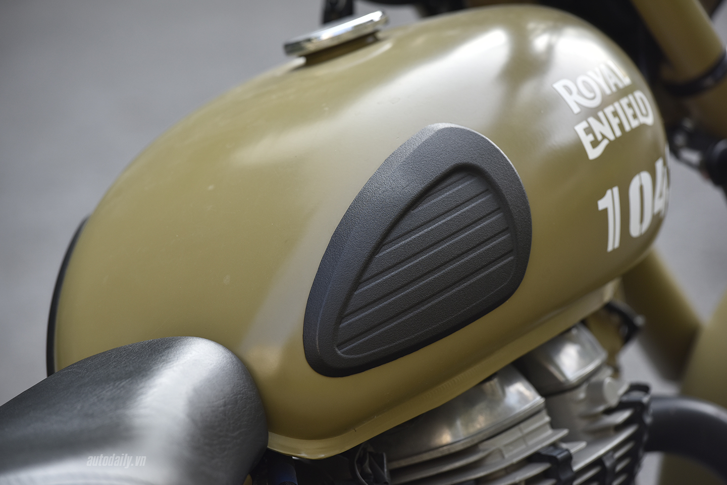 royal-enfield-dsc8004-copy.jpg