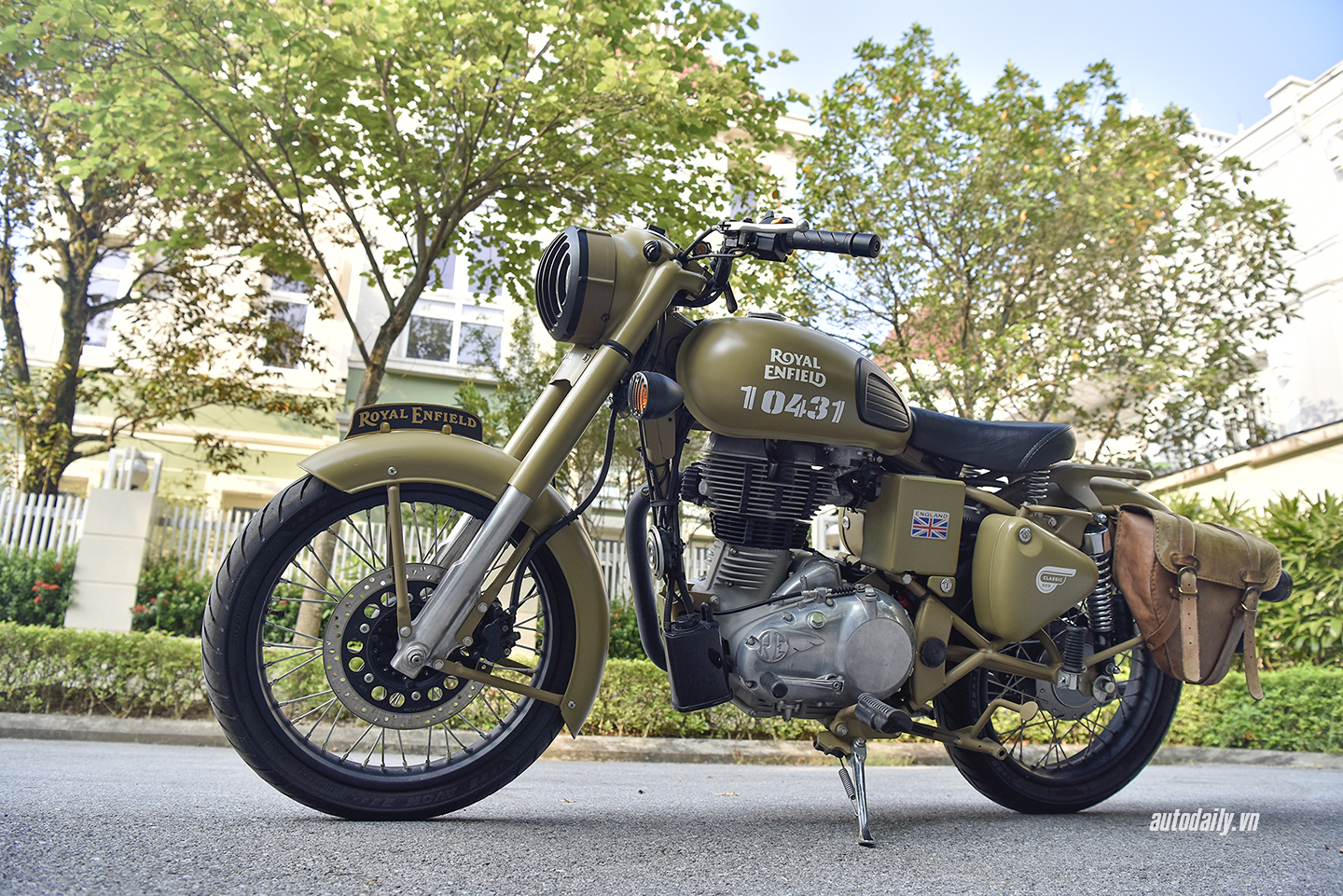royal-enfield-dsc8046-copy.jpg