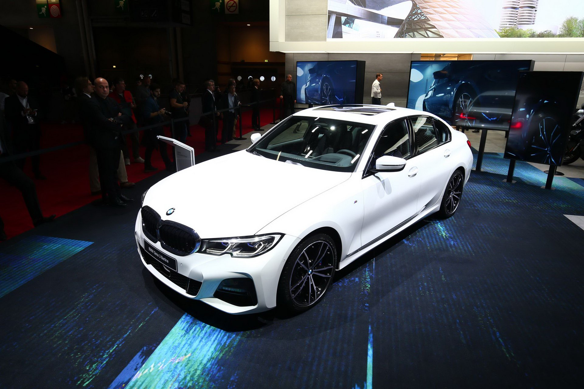 2019-bmw-3-series-ra-mat-1.jpg