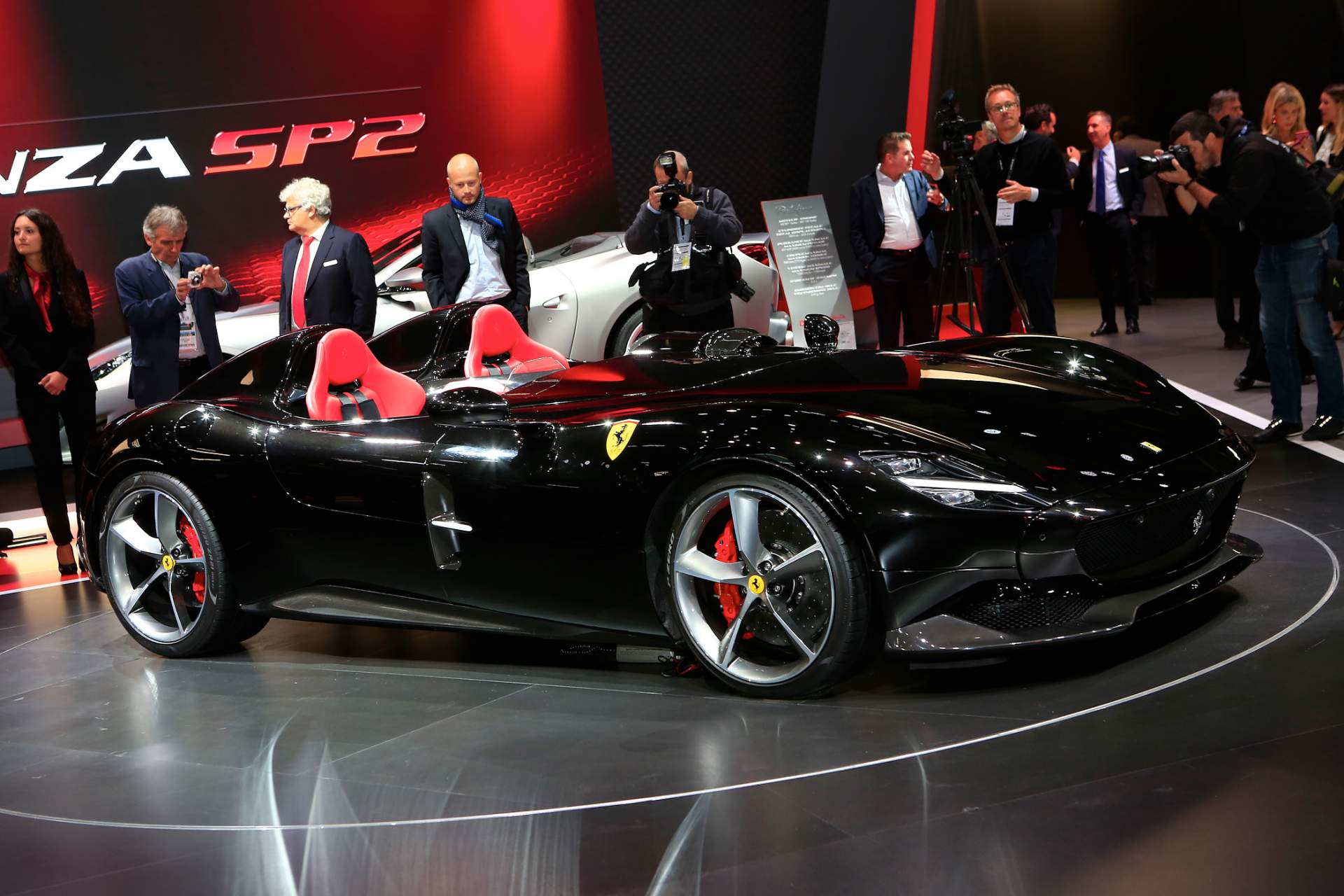 ferrari-monza-sp1756cd132-ferrari-monza-sp2-at-paris-auto-show-8.jpg