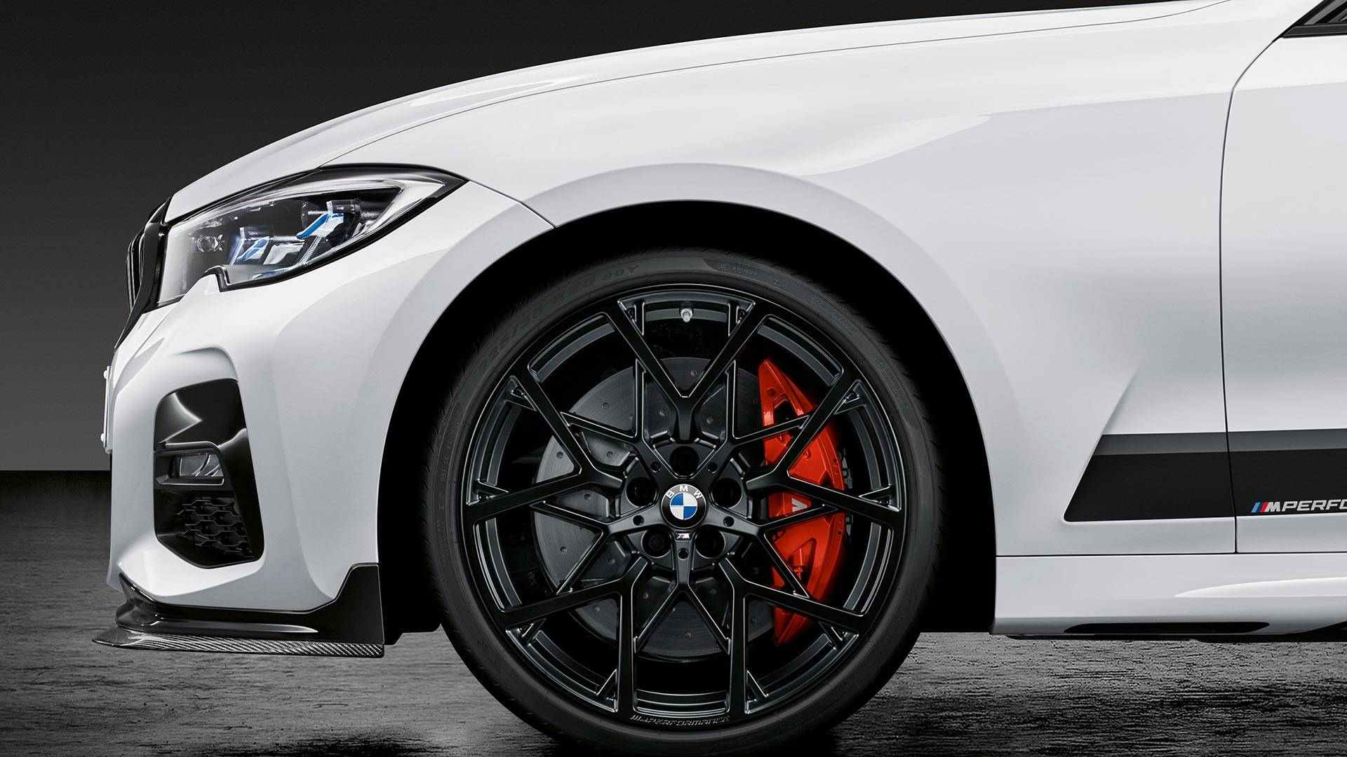 2019-bmw-3-series-m-performance-parts-5.jpg