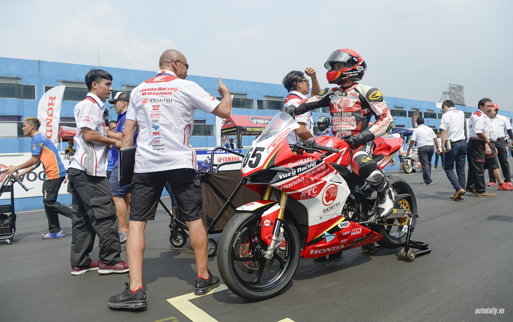 honda-racing-vn-dsc8373-copy.jpg