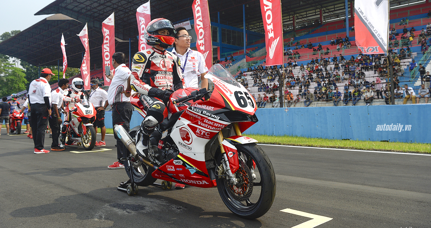 honda-racing-vn-dsc8380-copy-copy.jpg
