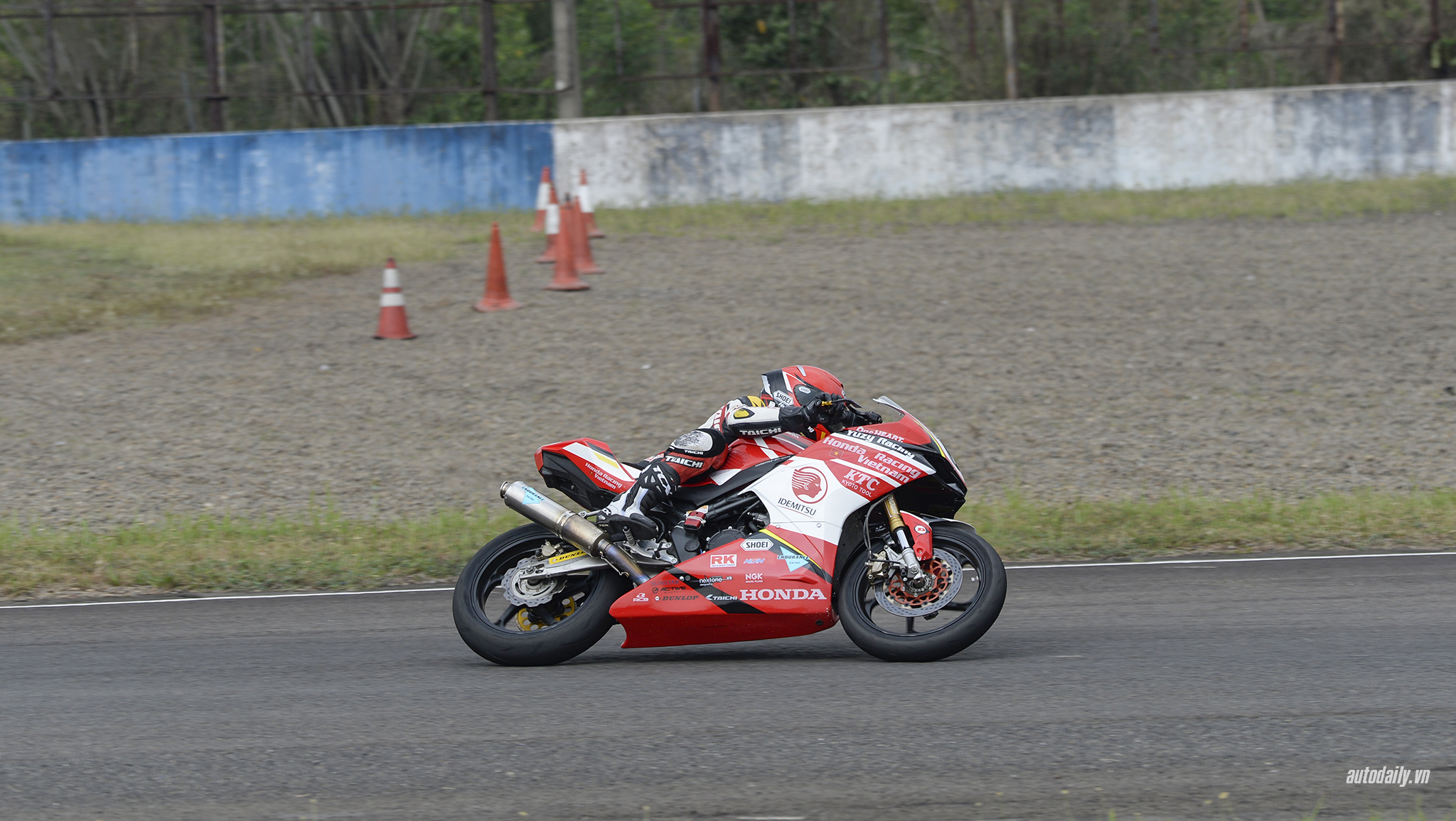 honda-racing-vn-dsc8531-copy.jpg